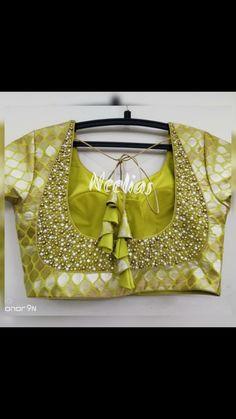 Simple Blouse Designs, Stylish Blouse Design, Bridal Blouse Designs, Blouse Neck Designs, Silk Kurti Designs, Sarees, Patterns, House Dress, Down Vest