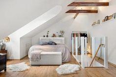 0 chambre mansardée chambres dans les combles sol en bois clair parquet