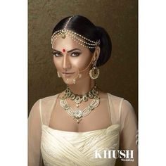 Beautiful jewellery by @reddotjewels / Available at BIBI LONDON / Email contact@bibilondon.com to book your consultation #bibilondon #bride #wedding #regal #tikka #jewellery #ivory #indian #instagood #indianbride #indianjewellery #picoftheday #amazing #desi #designer #kundan #love #london #classic #couture #beautiful #necklace