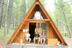 Small sized A Frame cabin. Now this would be a cute option for a shelter!