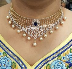 Diamond Necklace Simple, Gold Jewelry Simple, Gold Necklace, Choker Necklaces, Circle Necklace, Drop Necklace, Stone Necklace, Chokers, Hyderabadi Jewelry