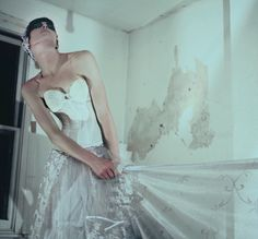 #Editorialshoot #Fashionshoot #ModelinWeddingDress Strong Makeup