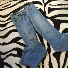 """Abercrombie & Fitch jeans This is a pair of perfect stretch Abercrombie & Fitch Jeans.  They are in good condition size 6 regular with 33"""" inseam Abercrombie & Fitch Jeans Boot Cut"""