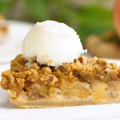 This Impossible French Apple Pie is perfect for people who struggle with pie crust! This spicy and delicious recipe creates its own crust as it bakes! Food Recipes For Dinner, Food Recipes Deserts Apple Pie Recipes, Baking Recipes, Sweet Recipes, Easy Desserts, Delicious Desserts, Yummy Food, Healthy Food, Pie Dessert, Dessert Recipes