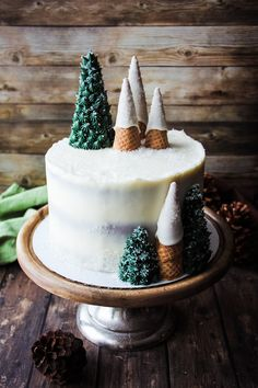 Lady in the Wild West's portfolio of work from her boutique bakery in Jackson Hole, WY. The portfolio showcases custom artisan wedding cakes, specialty celebration cakes, cupcakes, and custom sugar cookies. Christmas Themed Cake, Christmas Cake Designs, Christmas Cake Decorations, Christmas Tree Cookies, Holiday Cakes, Christmas Desserts, Christmas Cakes, Christmas Recipes, Buttercream Cake Designs