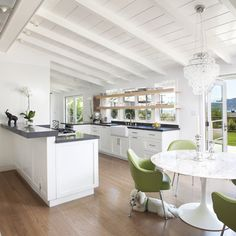 Ranch House Design Ideas, Pictures, Remodel, and Decor. kitchen. home decor and interior decorating ideas.