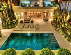 piscina revestida com hijau