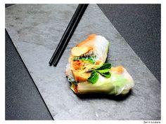 Rulouri vietnameze cu pui Bun Wrap, Fajitas, Fresh Rolls, Vietnam, Things To Come, Cooking, Ethnic Recipes, Food, Kitchen