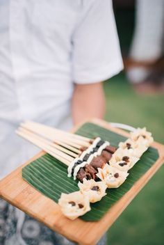 Wedding appetizers: http://www.stylemepretty.com/little-black-book-blog/2015/03/09/elegant-semara-villa-resort-wedding/ | Photography: Ben Yew - http://benyew.com/