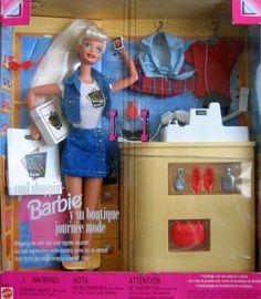 Hacían tan exactos los juguetes, la Barbie Boutique lo tenía TODO. (Quería comprar la ropa)