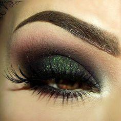 Classic Dark, Dramatic Smokey Eye #eye #eyes #makeup #eyeshadow #winged #dramatic