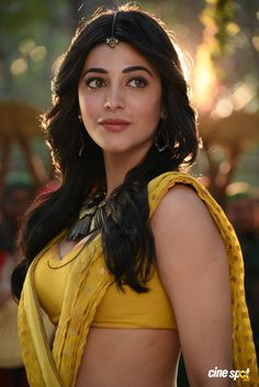 Shruti-Hassan-Sexy-Cleavage-And-Navel-Photos-In-Puli-Movie-1.jpg (1024×1534)