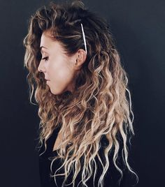17 Beautiful Ways to Style Blonde Curly Hair natural curly blonde hairstyles trends southernliving 242842604893332844 Easy Hairstyles For Long Hair, Straight Hairstyles, Blonde Hairstyles, Hairstyles 2016, Natural Wavy Hairstyles, Long Haircuts, Side Curly Hairstyles, Hairstyles Videos, Spring Hairstyles