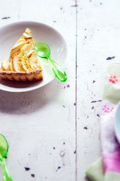 Apple tart recipe (gluten free) with coconut milk and lime
