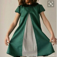 contrast inserted/inverted pleat.