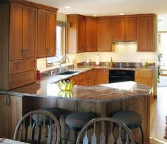 Fieldstone Cabinetry Glen Cove Door Style In Cherry Finished In Toffee Islands Pinterest