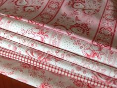 French and English antique linens
