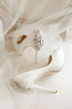 The Best Wedding Shoes According To Your Bridal Style Looking for the perfect wedding shoes to with the perfect wedding dress? Narrow the search by checking out these gorgeous styles fit for every type of bride. White Wedding Shoes, Wedding Boots, Wedding Heels, Mod Wedding, Ivory Wedding, Trendy Wedding, Wedding Day, Elegant Wedding, Wedding Ceremony