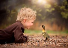 Fotografia Youth de Sara Hadenfeldt na Animals For Kids, Baby Animals, Cute Animals, Precious Children, Beautiful Children, Cute Kids, Cute Babies, Cute Pictures, Children Photography