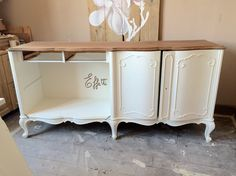 Work in progress...restyling vecchia credenza
