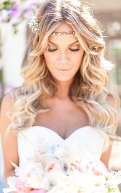 Long romantic wavy hair {Photo by Shaun & Skyla Walton via Project Wedding}