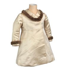 Circa 1934 satin coat, trimmed in fur, worn by Princess Margaret, made by Smith & Co. Royal Fashion, Fashion Over, Style Royal, Satin Coat, Royal Collection Trust, Princess Margaret, Vintage Children, Doll Clothes, Royalty
