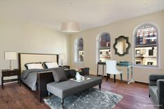 Luxury Collection 2014: 326 West 89th Street, Upper West Side, Manhattan, New York - learn more: http://www.corcoran.com/nyc/listings/display/3211007?utm_medium=Social&utm_source=Pinterest&utm_campaign=Property