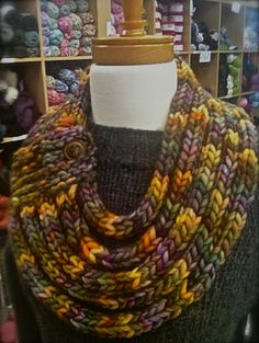 Knit - I-cord rope Cowl