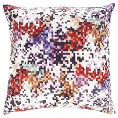 Missoni Pillow: Modernes Kissen mit buntem Pixeldruck von Missoni.