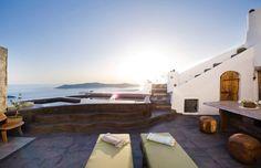Hey, its Friday! Spend the Weekend to Sophia Luxury Suites Santorini! #santorini #sophiasuites #imerovigli #summer2016