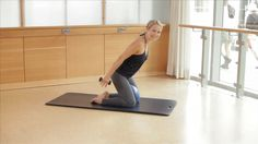 Amazing 40 minute Barre workout by Sadie Lincoln.