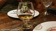 Scozia: come organizzare un viaggio on the road da soli - 50sfumaturediviaggio Round Trip, White Wine, Alcoholic Drinks, Glass, Drinkware, Corning Glass, White Wines, Liquor Drinks, Alcoholic Beverages