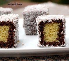 Mug cake gingerbread mug - HQ Recipes Easy Cake Recipes, Sweet Recipes, Food Cakes, Cupcake Cakes, Italian Chicken Dishes, Mugcake Recipe, British Cake, Wie Macht Man, Easy Cake Decorating