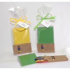 Libreta con plantillas para colorear con caja ceras - detallesparainvitados.com