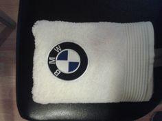 Handtuch gestickt für BMW-Fan