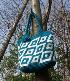 Tapestry crochet tote by Plume