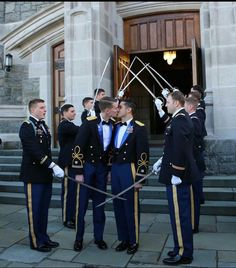 """icameas-roman: """" monobored: """" cocksuckercaleb: """"In case you didn't know, the first gay couple married in the chapel at West Point. Gay Lindo, Gay Romance, Gay Aesthetic, Cute Gay Couples, Lgbt Couples, Happy Couples, Men Kissing, Lgbt Love, Men In Uniform"""