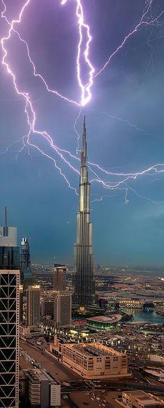 Lightning Strike - Dubai