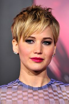 The 18 Greatest Celebrity Pixie Cuts Of The Past Decade - Everyone needs to do this at least once!