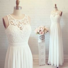 Gorgeous flowy wedding dress with lace
