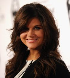 Sexy Layered Haircuts with Soft Waves - 2013 Hair Styles for Women - Hairstyles Weekly Long Hair With Bangs And Layers, Haircuts For Long Hair With Bangs, Long Layered Haircuts, Hairstyles With Bangs, Pretty Hairstyles, Layered Hairstyles, Long Bangs, Short Haircuts, Newest Hairstyles