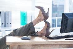 Kŕčové žily možno pohodlne liečiť rýchlo, bezbolestne a ambulantne v špecializovanej klinike na odstránie kŕčových žíl. Ale, Heels, Ales, Shoes Heels, Heel, High Heel, Platform, High Heels