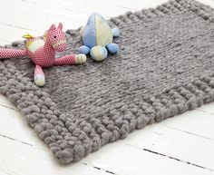 Snuggly Rug by Jacqui Harding - whip one up in a jiffy with US #50 needles!