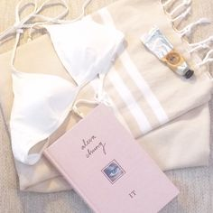 Vacay packing! It-girl by Alexa Chung, White Chloe bikini and our finest Simply Nude Hammama, avalable online!