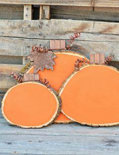 Painted Wood Slice Pumpkins - A Night Owl Blog | 15 DIY Fall Crafts | www.madewithHAPPY.com
