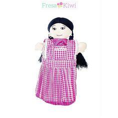 Hola te presentamos a Chana nuestra muñequita Oficial de Fresa Kiwi totalmente hecha a mano
