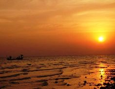 Pic of the Week: Sunset in Kampot http://solotravelerblog.com/photo-kampot-cambodia/