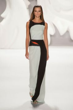 A hint of color - Carolina Herrera