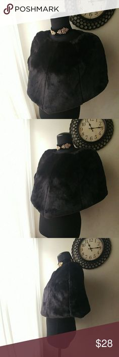 Adorable Faux Fur Caplet Soft plush material feela and looks great. Great piece to dress up with a gown or down with jeans and boots. One size fits all. Mannequin is a size 10, so it will best  accommodate a small to medium. Accessories Scarves & Wraps