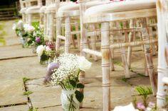 Cute wedding, pretty colors and decor
